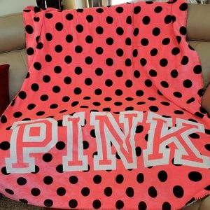 VS Pink Sherpa Blanket Pink with Black Dots